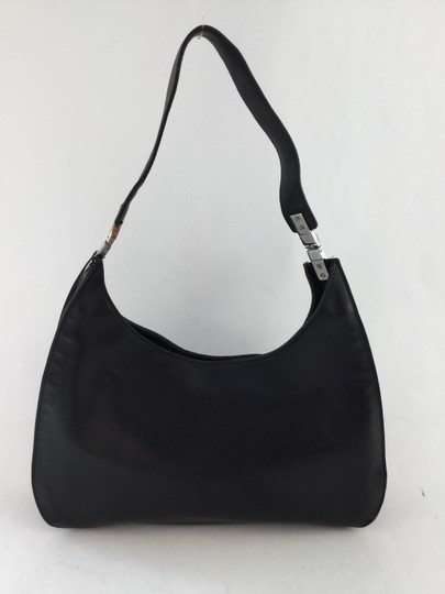 Preload https://item3.tradesy.com/images/gucci-black-leather-shoulder-bag-5190442-0-1.jpg?width=440&height=440