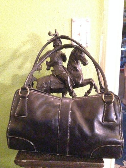 Enzo Angiolini Shoulder Bag