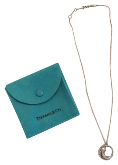 Preload https://item4.tradesy.com/images/tiffany-and-co-enternal-circle-necklace-5191333-0-0.jpg?width=440&height=440
