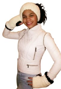 Other Womens Baby-Soft Headband and Fingerless Gloves