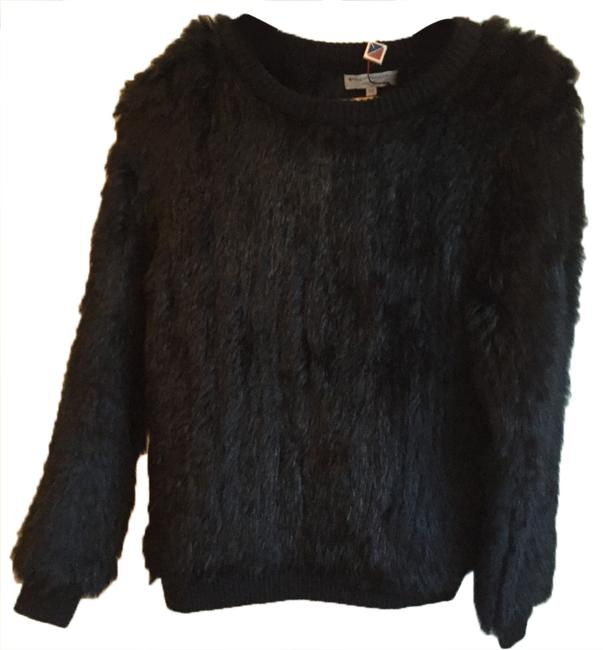 Preload https://item1.tradesy.com/images/opening-ceremony-black-rabbit-fur-sweaterpullover-size-0-xs-5191630-0-0.jpg?width=400&height=650