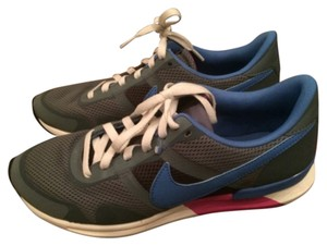 Nike Sneakers Running Gray, Blue, Pink Athletic