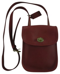 Coach Leather Adjustable Strap Cross Body Back Pocket Tag Tags Clasp Closure Satchel in Coach's Fabulous Deep Red