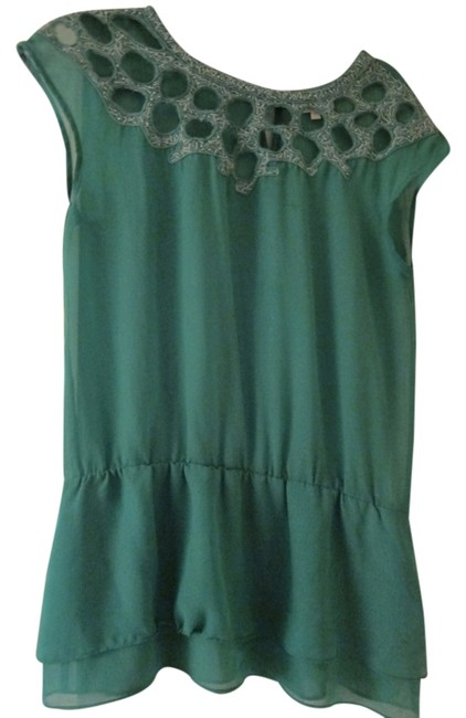 Preload https://item3.tradesy.com/images/green-blouse-size-12-l-5194147-0-0.jpg?width=400&height=650