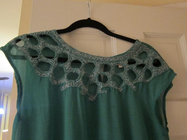 Lirtrvia Top Green