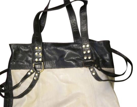 Preload https://item1.tradesy.com/images/black-and-white-leather-tote-5194555-0-0.jpg?width=440&height=440