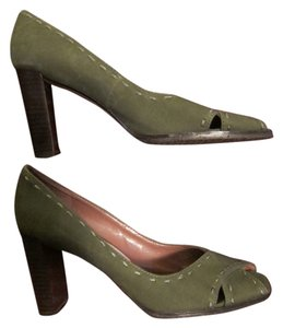 Voz Green Pumps