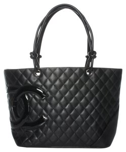 Chanel Leather Patent Leather Tote in Black
