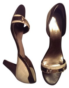 Etienne Aigner Elegant Rich brown leather with cream material Pumps
