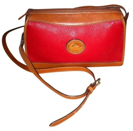 Preload https://item2.tradesy.com/images/dooney-and-bourke-classic-zip-top-case-r19-red-all-weather-leather-shoulder-bag-519911-0-0.jpg?width=440&height=440