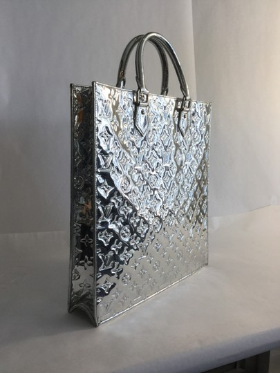 Louis Vuitton Monogram Patent Leather Tote in Silver