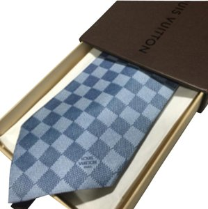 Louis Vuitton AUTH LOUIS VUITTON CLASSIC LIGHT BLUE DAMIER TIE