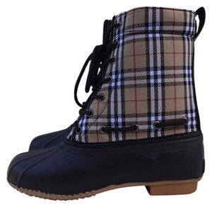 Natural Reflections Tan Plaid Boots