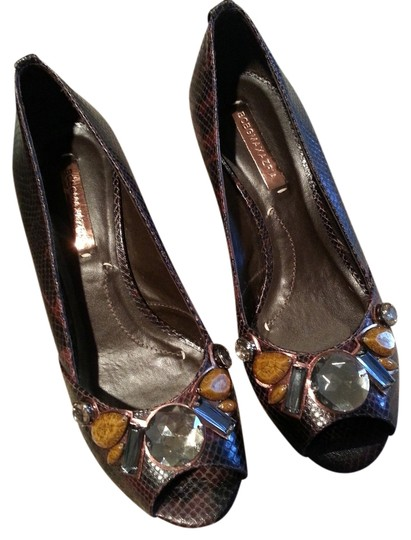 BCBGMAXAZRIA Bcbg Max Azria Wild Pitone Print Rich Brn Leather Stones New Brown Wedges
