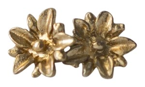 Simple Vintage Daisy Bronze Studded Earrings