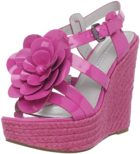 Vera Wang Lavender Label Pink Floral Patent Leather Hot Pink Wedges