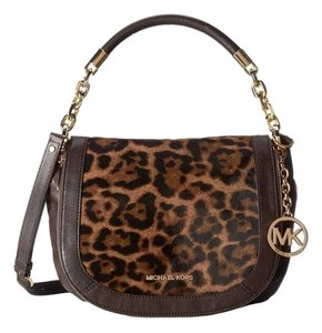 12f7b578766d Michael Kors Leopard Bags - Up to 90% off at Tradesy
