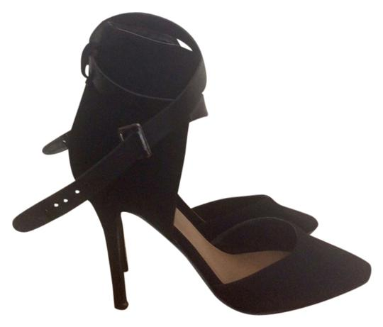 Preload https://item3.tradesy.com/images/delicious-navyblack-pumps-5205922-0-0.jpg?width=440&height=440