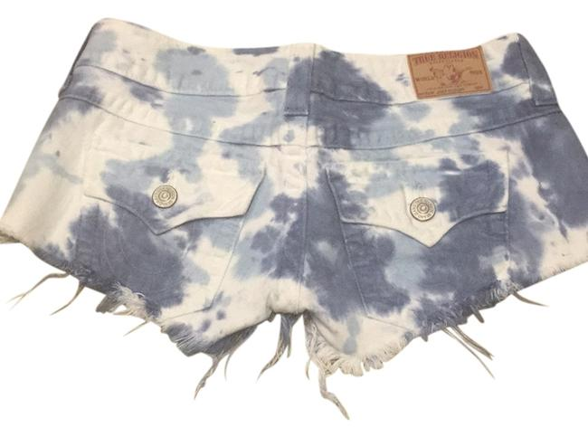 Preload https://item2.tradesy.com/images/true-religion-blue-white-daisy-dukes-cut-off-shorts-size-2-xs-26-5206081-0-0.jpg?width=400&height=650