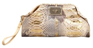 Be&D Python Metallic Handpainted Natural/Gold Clutch