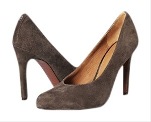 Coach Urban Feathered Brand New GREY Pumps