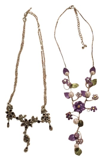 Preload https://item4.tradesy.com/images/purple-and-black-two-costume-necklace-5208223-0-0.jpg?width=440&height=440