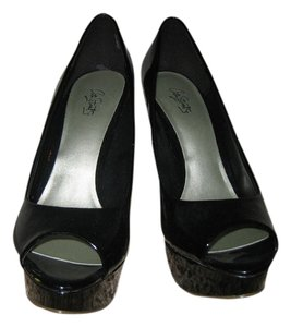 City Streets Black Patent Pumps