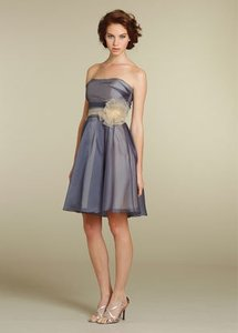 Jim Hjelm Occasions Purple Organza 5202 Formal Bridesmaid/Mob Dress Size 4 (S)