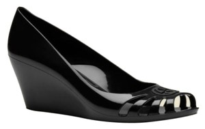38ebcf87349 Women s Gucci Shoes - Up to 90% off at Tradesy