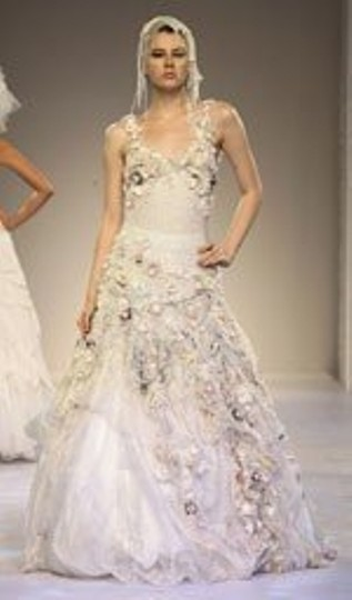 Preload https://img-static.tradesy.com/item/52097/other-organza-couture-whimsical-antique-style-gown-vintage-wedding-dress-size-6-s-0-0-540-540.jpg