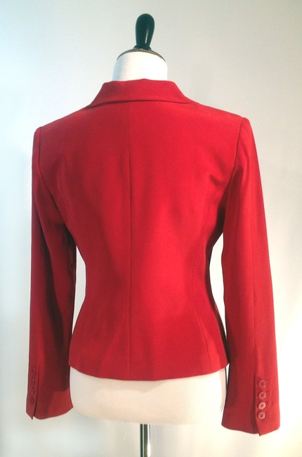 Neiman Marcus Silk With Its Own Brooch. Red Blazer