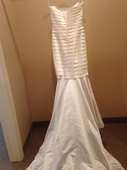 Ivory Satin V177 Vintage Wedding Dress Size 8 (M)