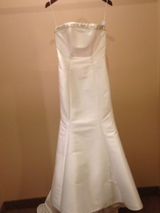 Valentina White Satin V-219 Vintage Dress Size 8 (M)