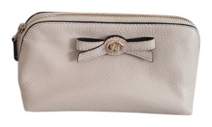Coach Coach NWT Off White Leather Bow Cosmetic Case