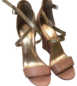 Ann Taylor Nude, Gold Sandals