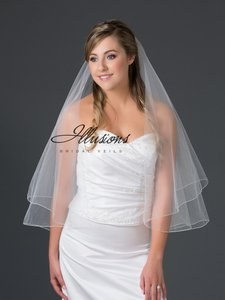Illusions Bridal Ivory Medium Corded Edge 2-layer F7302c Bridal Veil