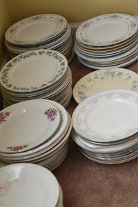 275+ Pieces Of Mismatched China Used For Rustic Barn Wedding