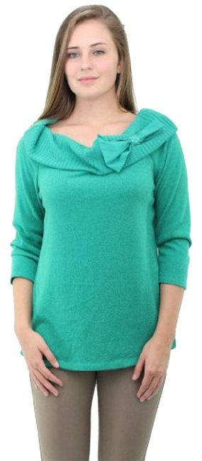 Preload https://item5.tradesy.com/images/agb-green-bow-embellished-marylin-34-sleeve-sweaterpullover-size-10-m-522644-0-0.jpg?width=400&height=650