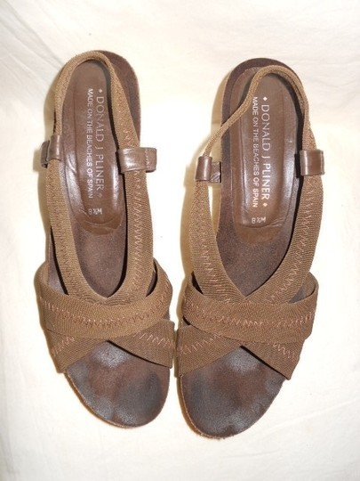 Donald J. Pliner brown Platforms