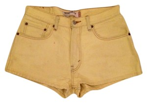 Levi's Mini/Short Shorts Yellow