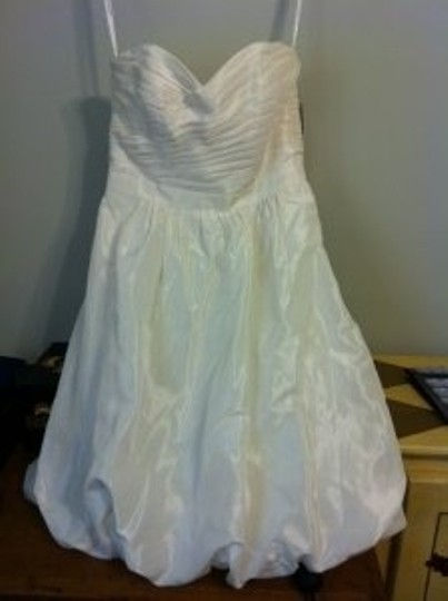 David's Bridal Ivory Organza Two-in-one Sweetheart Strapless Gown Wedding Dress Size 4 (S)