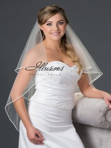 Illusions Bridal Pearl And Rhinestone Edge Veil