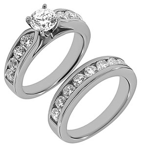 BRAND NEW, Stones Tapered White Gold Bridal Ring Set