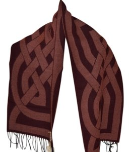 Calzeat of Scotland Celtic Design Wool Scarf/Shawl