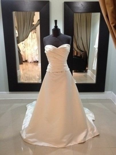 Preload https://item1.tradesy.com/images/casablanca-ivory-satin-diamond-collection-formal-wedding-dress-size-14-l-52380-0-0.jpg?width=440&height=440
