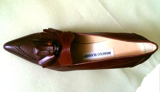 Manolo Blahnik Classic Caramel Tassel Pointed-toe Brown Pumps