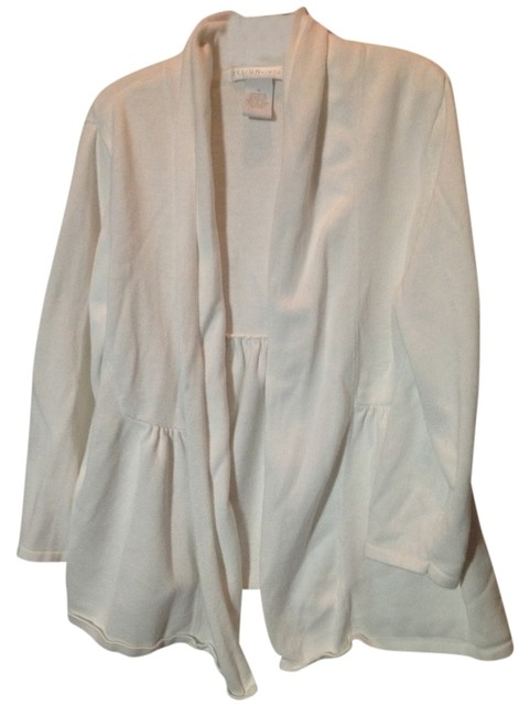 Preload https://item3.tradesy.com/images/white-cardigan-size-8-m-524337-0-0.jpg?width=400&height=650