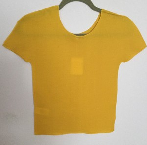 Issey Miyake 100% Polyester Stretchy Top Yellow