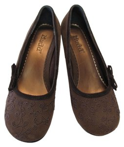 Mudd Very Good Condition Size 8.50 Medium Brown Pumps