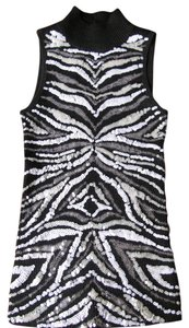 Cache Top Black & White sequins